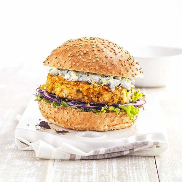 burger buns with sesam seeds